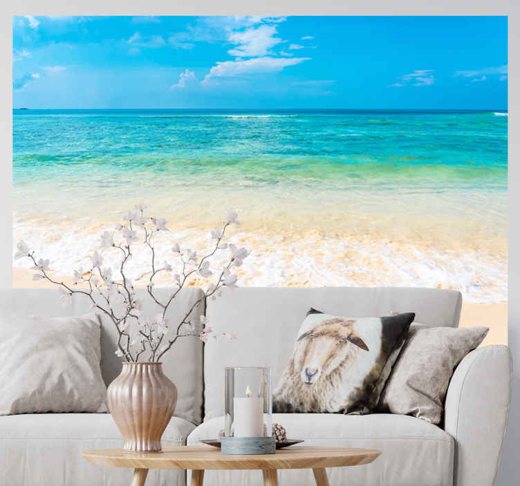 TenStickers. Jasni oceanski valovi pod fototapeta morskega zidu. Naše dekorativne stenske poslikave vam omogočajo, da se sprostite v tropskem počitniškem vzdušju. Lahko tudi oblikujemo po meri, samo stopite v stik z nami.