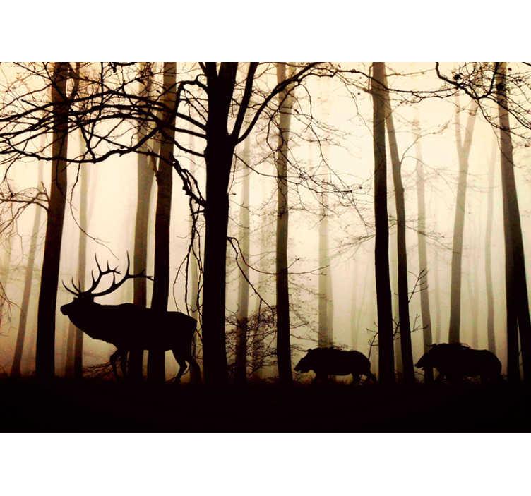 TenVinilo. Fotomural de bosque Animales salvajes en el bosque. Original fotomural pared naturaleza con un bosque en tonos oscuros y con animales salvajes que ahora puedes comprar en nuestra página web.