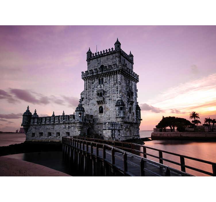TenStickers. Fotomurale torre di belem all'alba. Il fotomurale della torre di belem all'alba è un disegno del monumento di san vincente nella fortificazione del xvi secolo situata a lisbona. è di altissima qualità