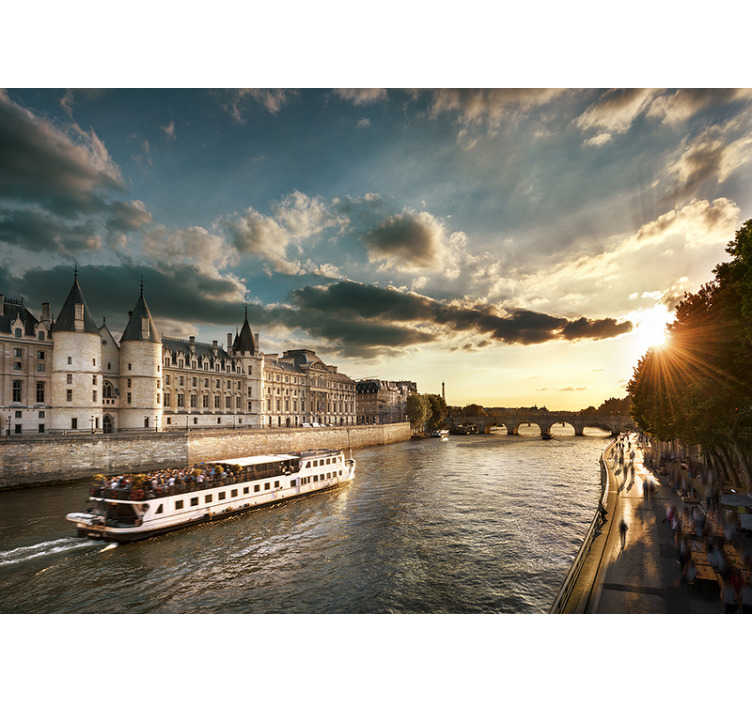 TenVinilo. Mural ciudad París vistas río Sena. ¿Te encanta París y te atrae un viaje en barco por una de las ciudades más famosas del mundo? ¡Entonces este fotomural pared de París con el río Sena es para ti!