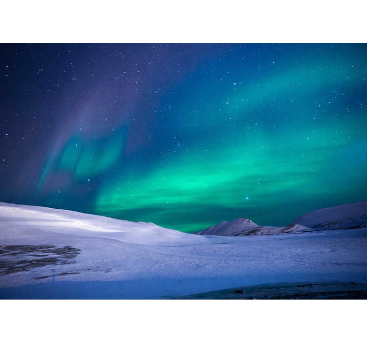 TenStickers. Northern Lights landscape wall mural. This gorgeous sky wall mural of a picture of the northern lights will look great in your living room, or even bedroom. Easy to apply.