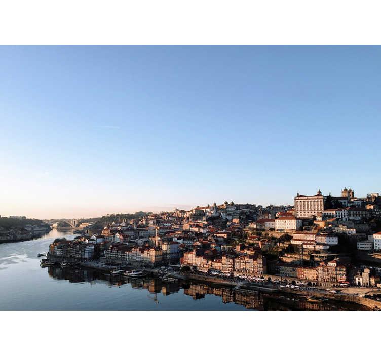 TenStickers. Fotomural decorativo de cidades Vila Nova de Gaia. Aqui pode apreciar um exclusivo fotomural de parede de cidades de Vila Nova de Gaia no distrito do Porto. Medidas personalizáveis.