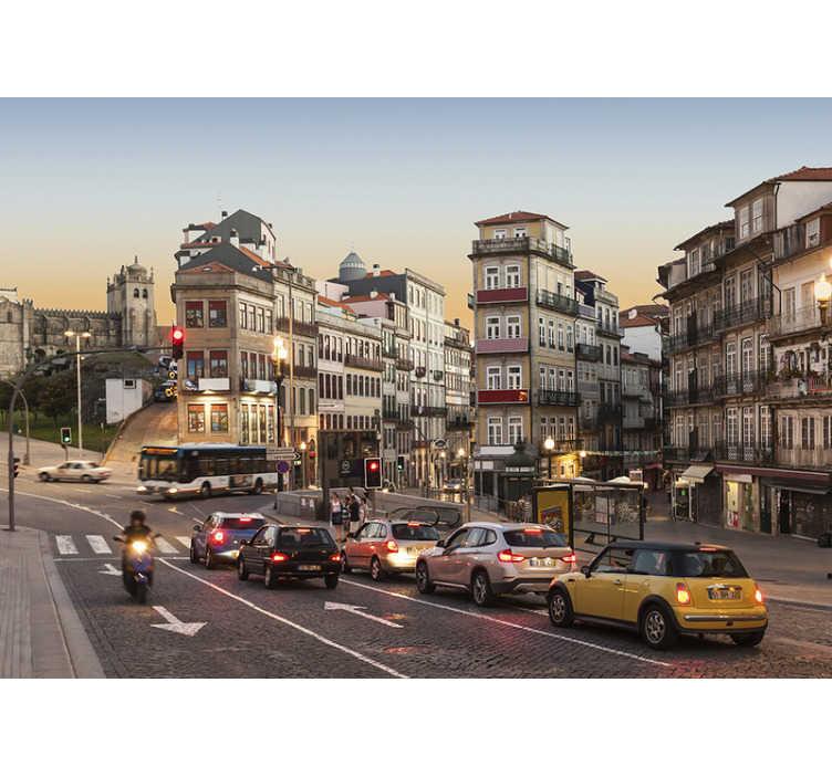 TenStickers. Mural decorativo de lugares Algures no Porto. Esqueça as paredes chatas com este impressionante fotomural decorativo de cidades das ruas do Porto. As medidas são personalizáveis.