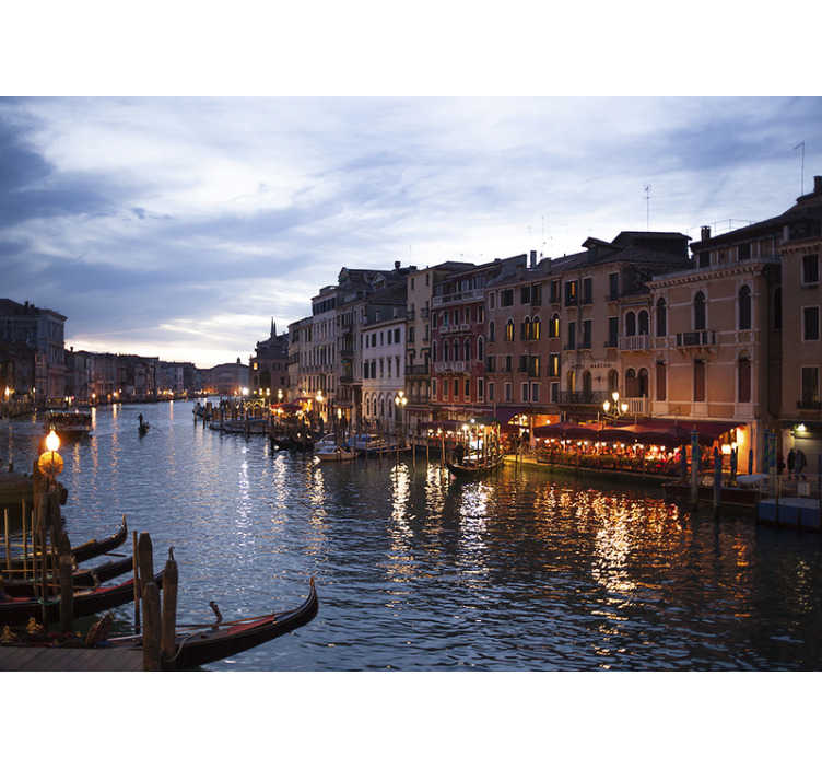 TenStickers. Dusk view of Venice mural wallpaper. Italian landcape can be in your house every day with this beautiful city wallpaper photo showcasing the beauty of Venice. Free delivery!