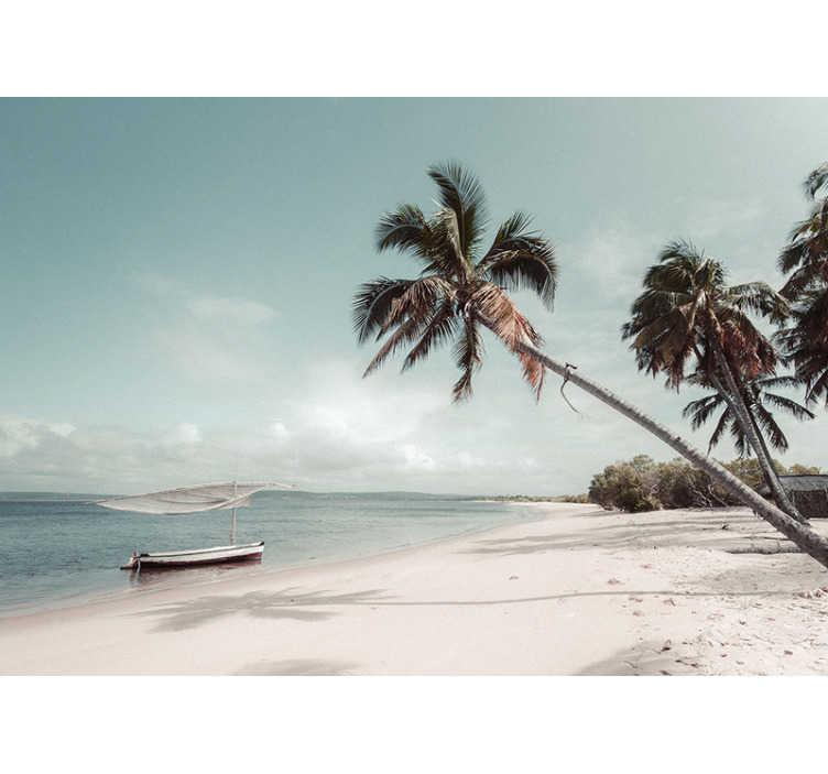 TenStickers. Fotomural decorativo de paisagens praia em moçambique. Este fotomural do mar com a imagem de uma praia em Moçambique é a decoração perfeita para levar as suas férias de praia para a sua sala ou quarto.
