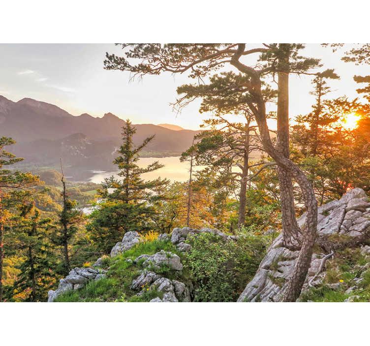 TenStickers. Deutsche Alpen Sonnenuntergang Natur Foto Tapete. Diese Landschaftsfototapete zeigt die fantastischen Alpen während eines Sonnenuntergangs, besonders die warme Farbpalette wird in Ihrem Zuhause großartig aussehen.