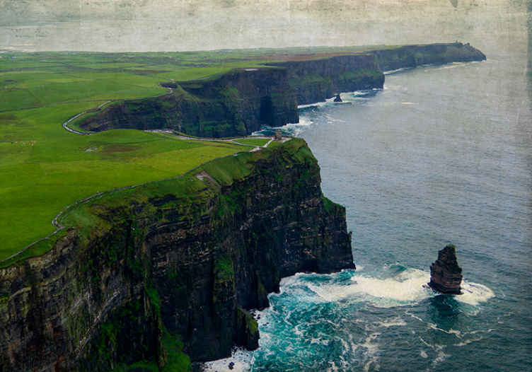 TenStickers. Cliffs of Moher, Co. Clare, Ireland wall mural wallpaper. Bring the beauty of this decorative Cliff of Moher Ireland wall mural into your home. Am amazing design for a living room, lounge, hallway and office.