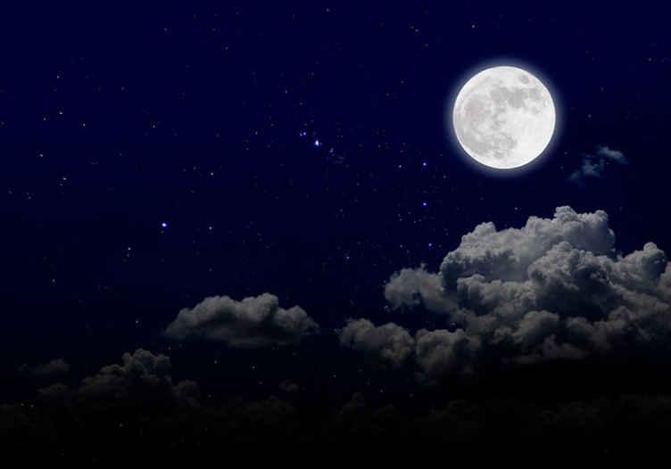 TenStickers. Murale con foto di luna piena e cielo. Luna piena decorativa con design murale con foto a lucerna per la decorazione di casa e ufficio. Facile da applicare e di materiale di alta qualità.
