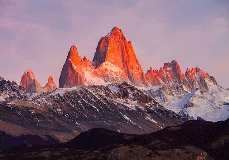 """""""Tenstickers"""". Patagonijos kraštovaizdžio gamtos freskomis. Fantastiškas peizažo sieninis paveikslas, vaizduojantis patagonijos kraštovaizdį. Kalnai su iš dalies ledo efektu ir gražia atmosfera."""