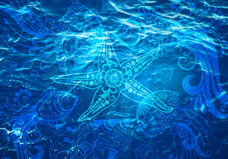 TenStickers. Ukrasne zidne tapete iz morskog života. Plava fototapeta s ukrasnim dizajnom morskog života koji ilustrira vodu i plavu boju koja će u vašu kuću unijeti atmosferu mira.