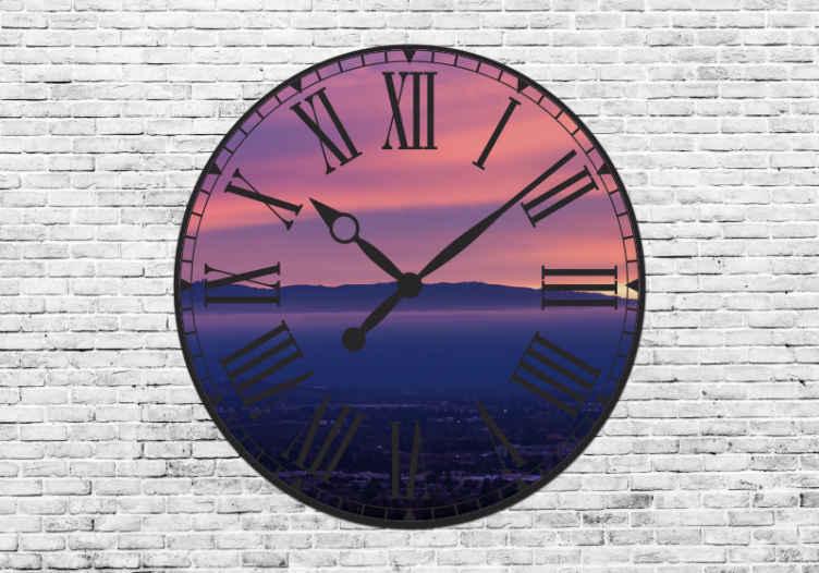 TenStickers. Papier peint effet 3D Horloge fenêtre 3d. Cette magnifique horloge murale géante s'adaptera à tout type de décoration intérieure. Rendre hommage à ce fabuleux mouvement du 20ème siècle.
