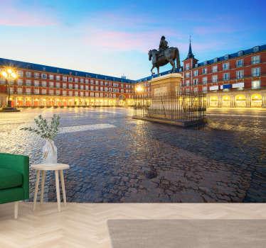 Compra online este fantástico fotomural decorativo de Madrid con vistas a la Plaza Mayor en un atardecer precioso con el que renovar tu decoración.