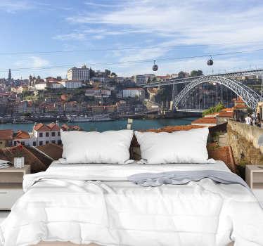 Een porto panorama muurschildering behang gewoon lekker thuis aan de muur. Dit ontwerp bevat prachtige stadsgezichten en attracties erop.