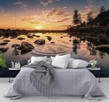 Opazujte zvok vode na tem čudovitem jezerskem stenskem zidu, narejenem s kakovostno sliko. Registrirajte se za 10% popust!