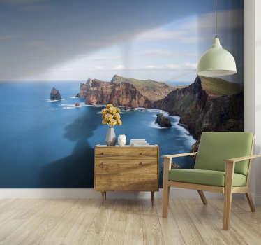 Bem-vindo a bordo da viagem à Ilha da Madeira com este fotomural decorativo de lugares, cuja imagem é tão realista que pode sentir que é hora de férias
