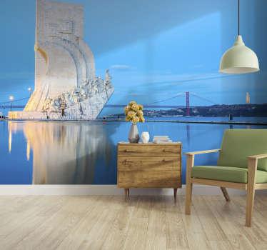 Este mural de parede de lugares com uma imagem para o Padrão dos Descobrimentos, em Lisboa, pode se tornar na sua decoração preferida.