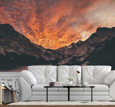 Vuoristomaisema suuri tapetti kuvalla paksulla auringonlaskun peitteellä. Sopiva muotoilu olohuoneeseen ja muihin tiloihin. Alkuperäinen, kestävä ja helppo levittää.
