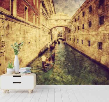Τοιχογραφία τοίχου της Ιταλίας που διαθέτει μια εκπληκτική εικόνα ενός καναλιού με αρχαία κτίρια και στις δύο πλευρές του. εξαιρετικά μακράς διαρκείας υλικό.