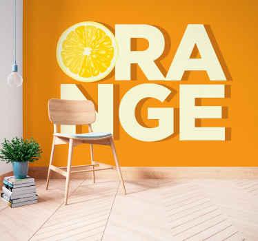 Belo fotomural vinílico de parede de texto laranja fatiado. Você terá uma sensação de doçura com este produtono espaço da sua casa. é original e fácil de aplicar.