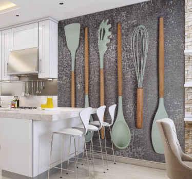 Pişirme aksesuarları mutfak duvar resimleri. Ahşap kulplu ve plastik tablalı altı mutfak malzemesi. Arka plan gri ve gözeneklidir!