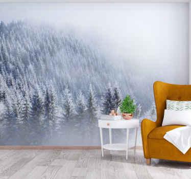 Dette vakre landskapet veggmaleri kommer fra vinterkolleksjonen vår som ble inspirert av eventyrland og en snørik skog. Enkel å påføre og rengjøre!