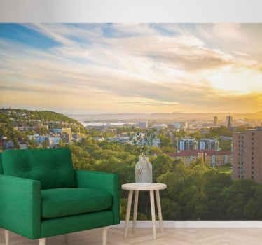 όμορφα πράσινα δέντρα, λαμπερές ακτίνες του ήλιου και μικρά κτίρια του Όσλο σε μια τοιχογραφία φωτογραφιών για το σαλόνι σας! διαθέσιμη παράδοση στο σπίτι.