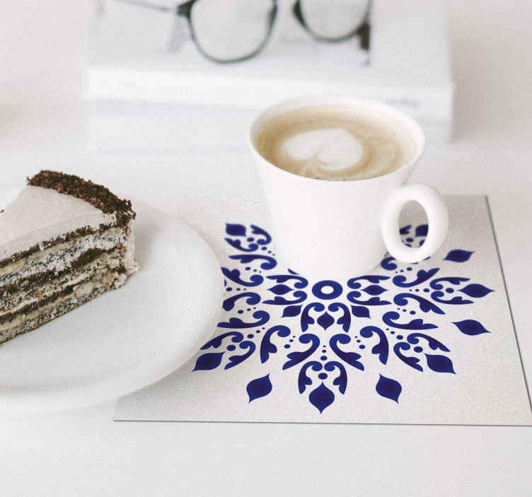 TenStickers. 蓝色葡萄牙圆形经典瓷砖杯垫. 您想为家居装饰品添加别致而又微妙的装饰吗?这款经典的瓷砖过山车将非常适合您的家。