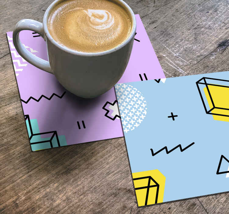 TENSTICKERS. メンフィスパターンモダンドリンクコースター. オリジナルのメンフィスパターンがモダンなコースターのデザインで、お茶、コーヒー、飲み物を提供します。メンテナンスが簡単で高品質の素材。
