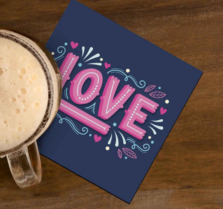 Tenstickers. Kärlek i dricksbana för retrostil. En färgglad drinkbana designad med kärlekstext. Denna design skulle skilja din bordyta med en fantastisk dekor touch.