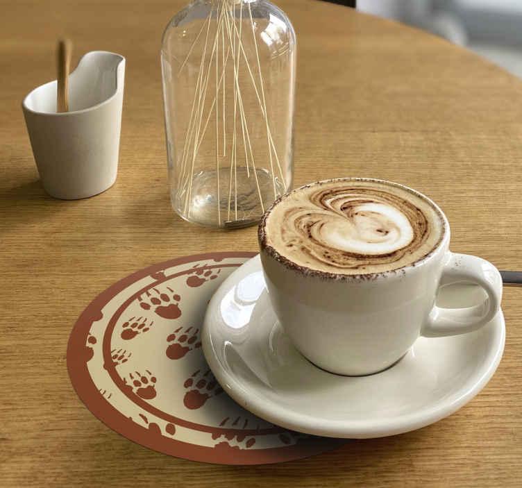 TenStickers. 豪猪足迹饮料杯垫. 简单的设计圆形的杯垫设计与豪猪的红色足迹。它由优质材料制成,易于维护。