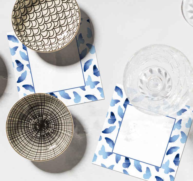 Tenstickers. Maalattu perhosten lasinaluset. Yksinkertainen sininen perhosalusta, jotta kaikki juomakupit voidaan asettaa vaurioittamatta. Se on alkuperäinen, kestävä ja kestää hyvin ulkoisia vaikutuksia