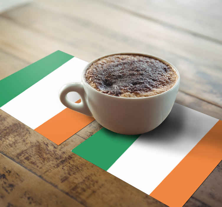TenStickers. irish flag more coasters. Placemats with an irish flagg, perfect as decoration for a kitchen table. Made of high-quality material, durable and resistant.