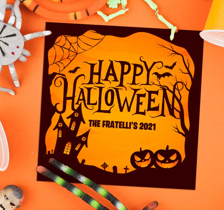 TenStickers. Dessous de verre personnalisé joyeux halloween. ces stickerseffrayante de dessous de verre de halloween comporte le texte heureux halloween suivi de votre nom et date personnalisés. Fait sur mesure.