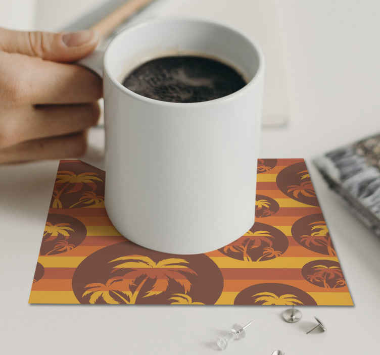 TenStickers. Retro Sunset and Palms pattern 70s coaster set. Give a unique touch to your table with this palm tree and sunset 70s coaster with customizable name, very durable with the home delivery!