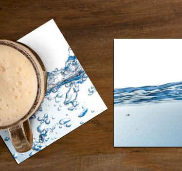 Vandeffekt drink coaster design for at nyde din drikke tid på et bord. Det er lavet af materiale af bedste kvalitet og let at vedligeholde.