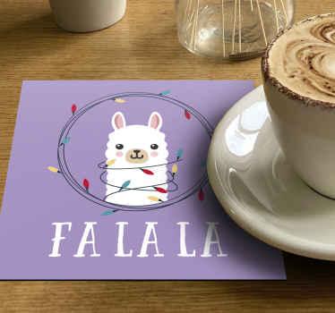 알파카와 장식 화려한 크리스마스 전구 디자인으로 아름 다운 크리스마스 음료 매트. 제품은 팩 세트로 제공됩니다.
