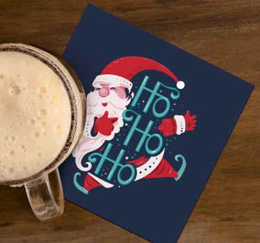όμορφα χριστουγεννιάτικα ποτά με το σχέδιο του Αϊ Βασίλη. το προϊόν είναι κατασκευασμένο από υψηλή ποιότητα και είναι εύκολο να συντηρηθεί.