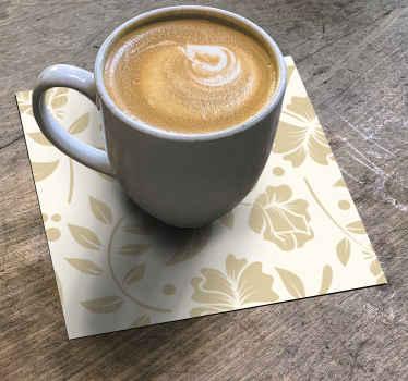 base para copos vintage de flores ornamentais para servir todas as suas incríveis bebidas e café. O design é feito com padrões de flores.