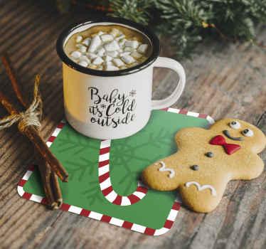Zelené pozadie s candy vianočné nápojové tácky. Dizajnová hostiteľská cukríková tyčinka s ornamentálnym prvkom. ľahko sa udržuje a je vysoko kvalitný.