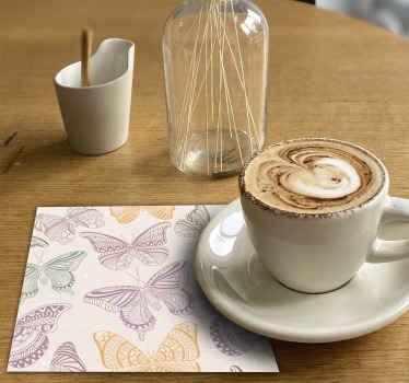 Posavasos con mariposas ornamentales de colores para el hogar y el restaurante. Sirva todas sus bebidas en este diseño ¡Compra online!
