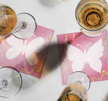 Posavasos de mariposas rosas de diferentes tonos para decorar tu mesa y hacer que tu bebida sea más divertida que nunca