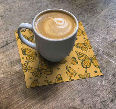 Un interesante posavasos original con diseño de mariposa para colocar en la mesa para disfrutar de su bebida ¡Envío exprés!