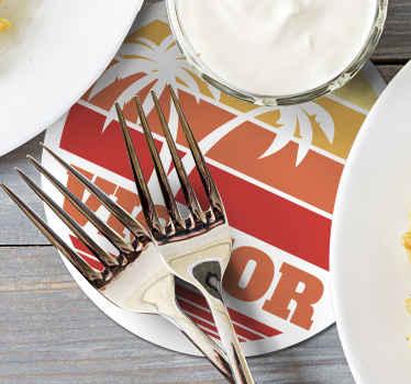 Sublimez votre table avec ce set de coaser palmier et coucher de soleil des années 70 au nom personnalisable, un joli design pour la maison, livraison à domicile!
