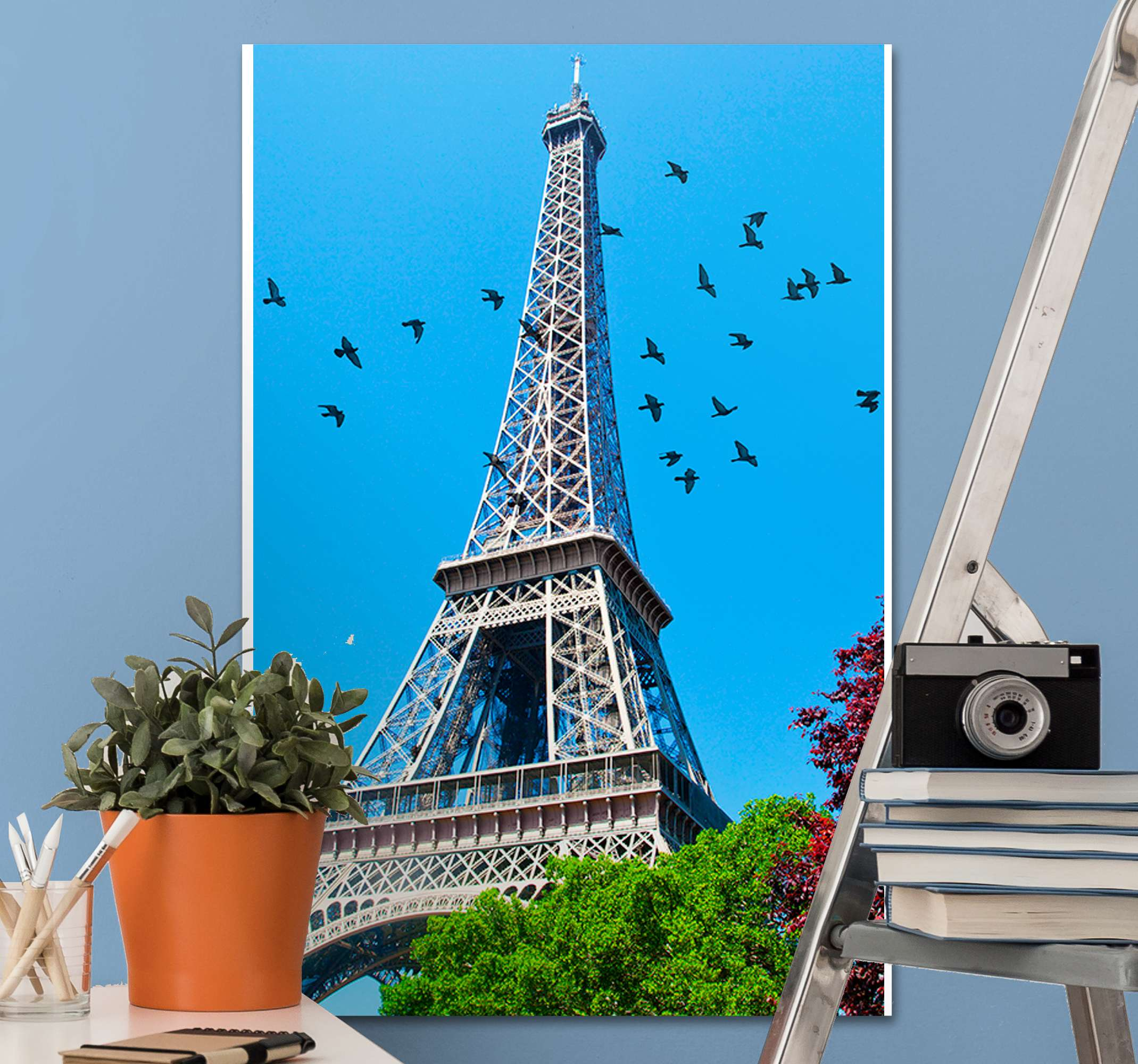 TenStickers. torre Eiffel City skyline prints. The perfect cityscape wall art designed to be hung on any wall in your home. Choose your size and get decorating right now.