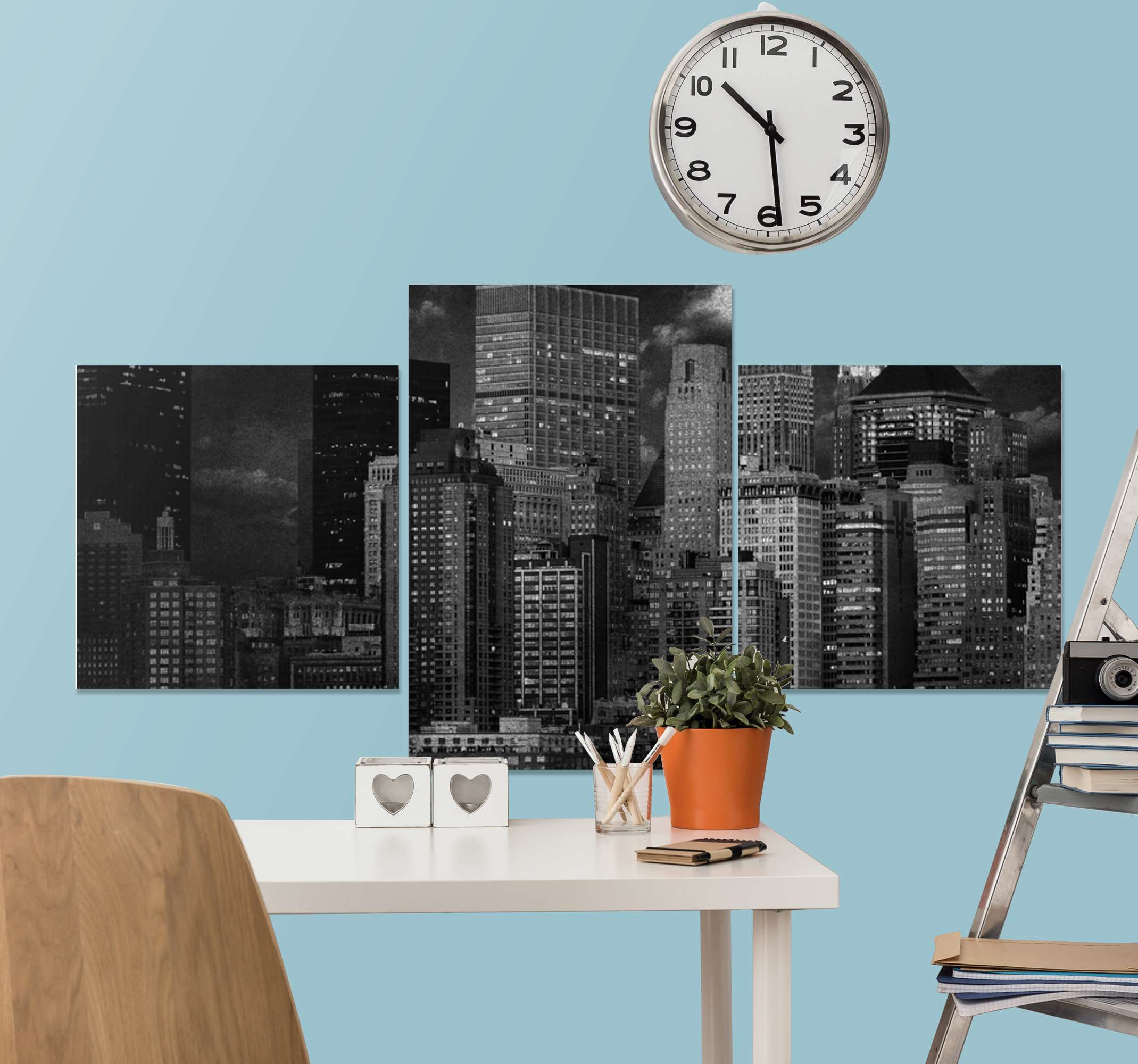 TenStickers. Modern black and white city modern art prints on canvas. Imagine the look you would be presenting on your living room with this  black and white city view modern canvas wall art. Printed in quality finish.