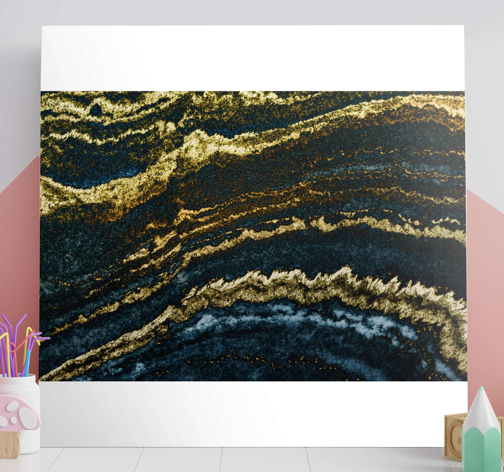 TenStickers. 现代黄金3d壁画艺术版画. 现代金色3d画布打印,以美丽的抽象色彩完成您的家居装饰。它是原始的,经久耐用的,并且印刷质量很高。