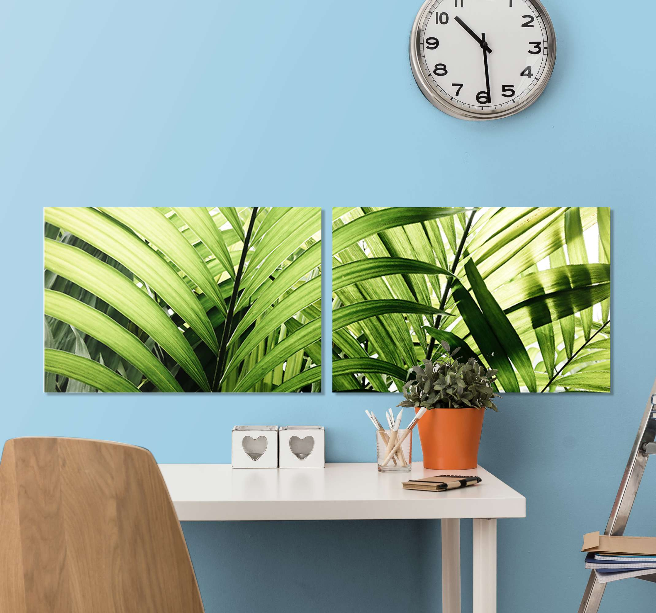 TenStickers. Triptych jungle leaves plant wall prints. A set of jungle plant canvas wall art. This beautiful illustrative tropical leave canvas art is suitable to decorate any space in the home and office.