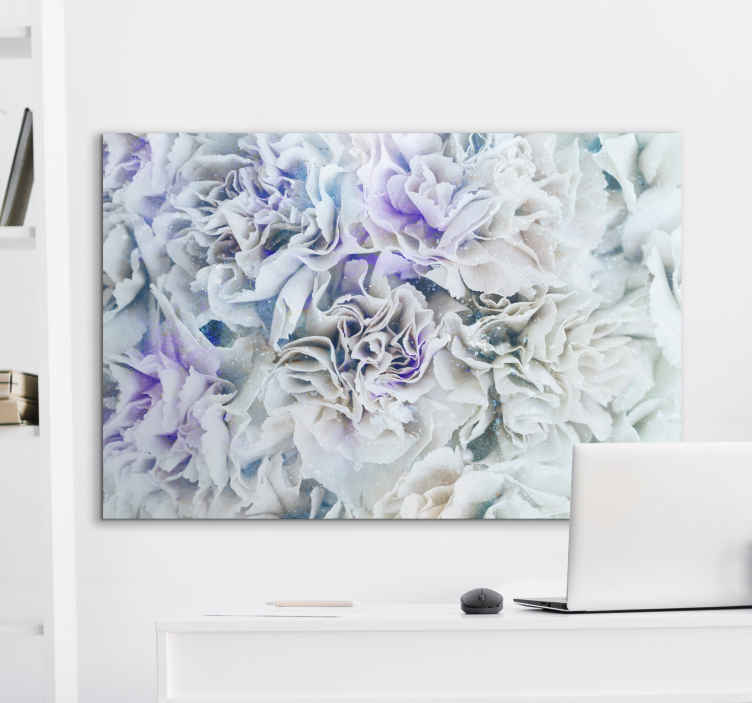 Tenstickers. Elegante hvite blomster sofistikerte lerretstrykk. Forbløffe dine kjære og besøkende med dette utrolig vakre snødekte hvite skogsduket som vi tror vil se bra ut hjemme hos deg!