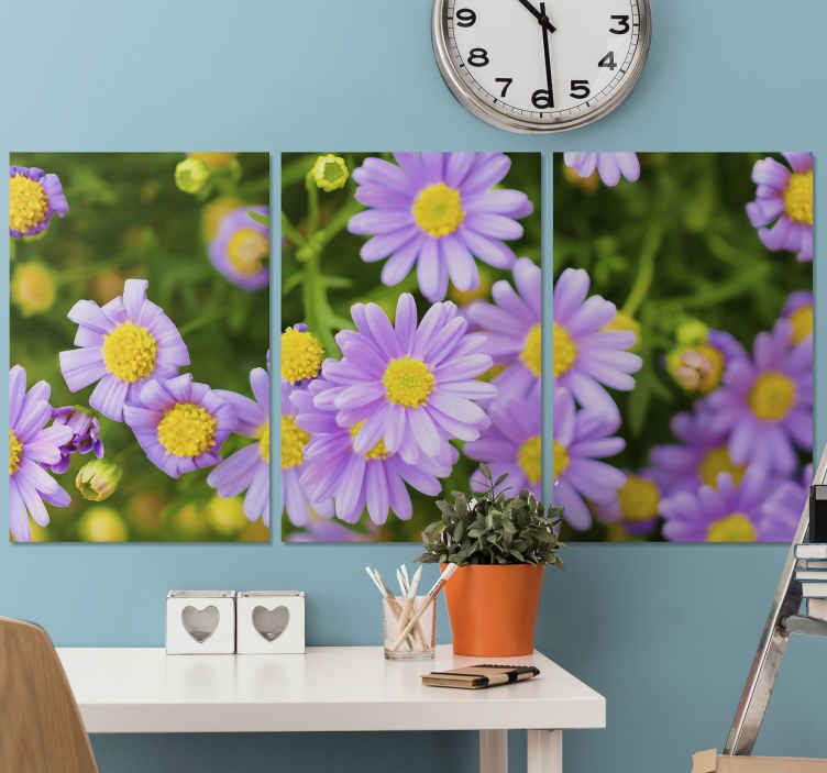 TenStickers. Canvas paarse bloemen. Mooie set van gele, paarse bloemenweide canvas schilderijen zal een elegant effect en uitstraling op uw ruimte installeren. Originele, duurzame en matte afwerking.