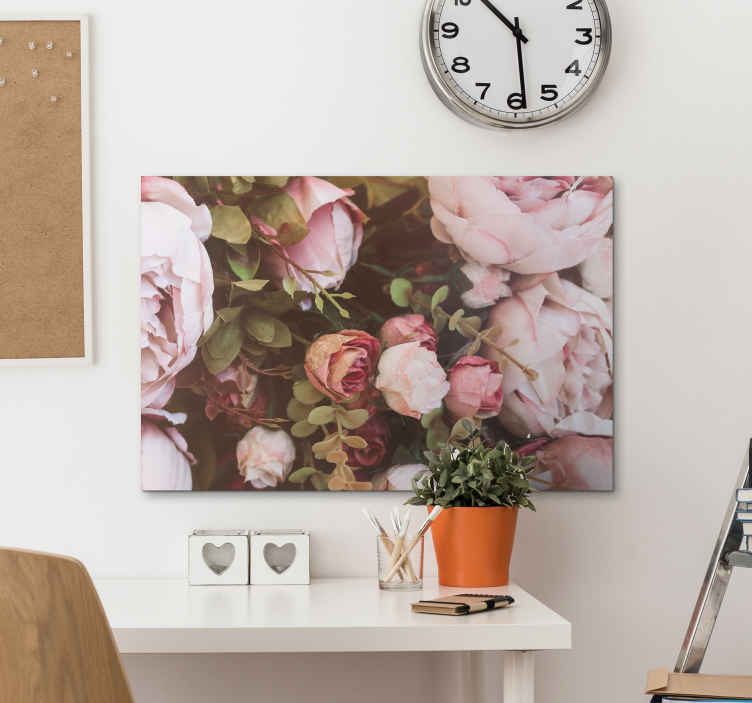 TenStickers. vintage flores vintage wall prints. Your home will definitely benefit from the addition of this wonderful floral canvas wall art. Order now! Home delivery !